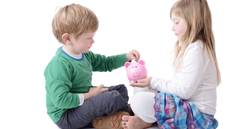 Best saving schemes for girls and college students